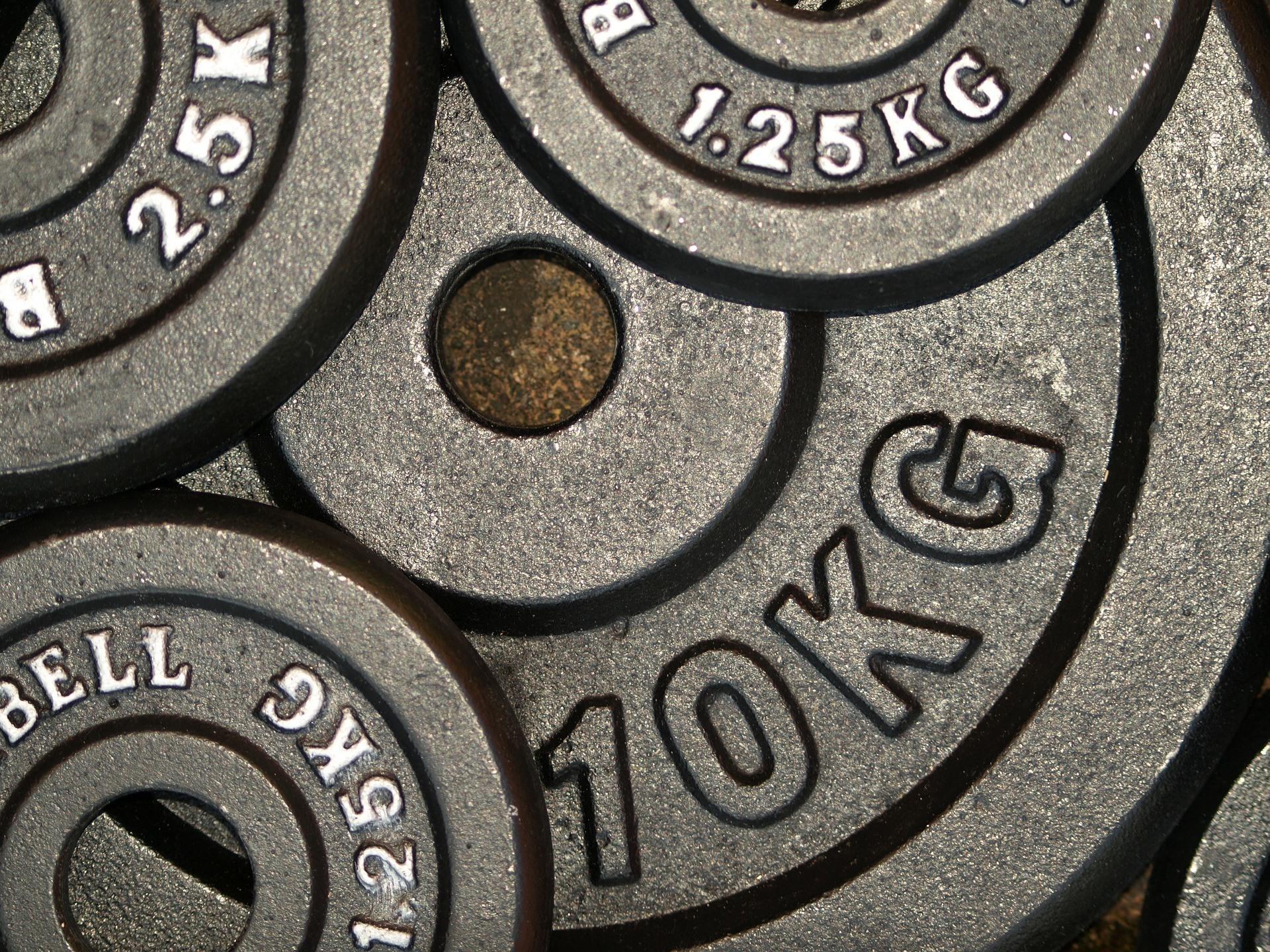 Fitness Ernährungsplan Trainingsplan Zuhause Titelbild