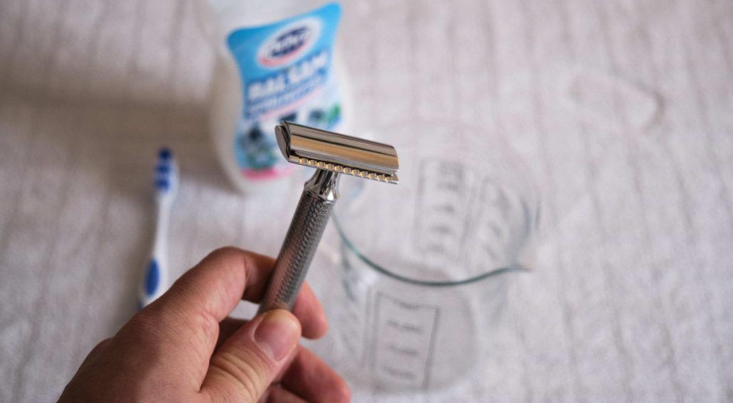 Reinigung Hobel nach der Rasur